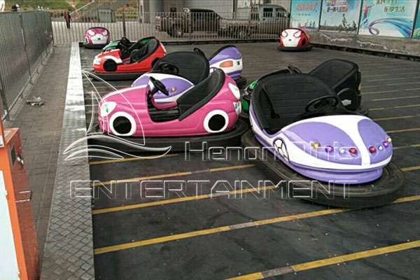 Electronic Kids Car Amusement Park Bumper Car for Sale in Dinis for You to Choose
