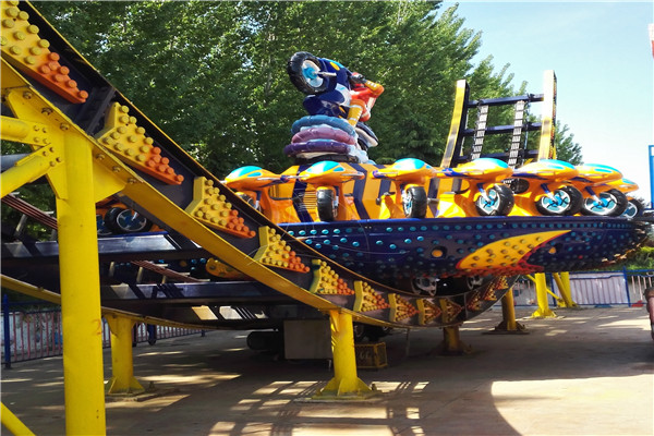 Amusement Park Big Pendulum Rides and Mini Pendulum Are Available in Dinis for You to Purchase