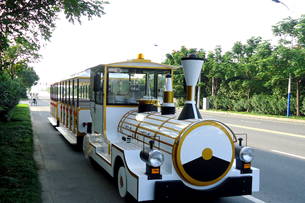 Amusement Park Tourist Train Rides Available in Dinis for Amusement Parks, Parks and Squares Entertainment