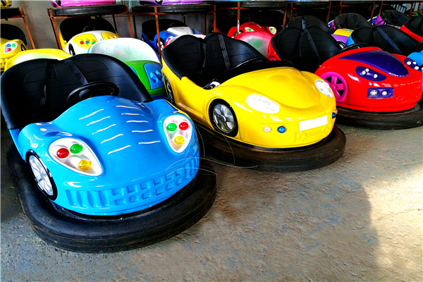 Amusement Parks Images of Kiddie Bumper Dodgem Car Rides Manufactured in Dinis Factory