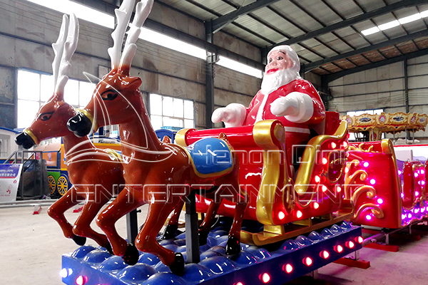 Beautiful Christmas Elements Decoration on Electric Christmas Train is Attractive for People.