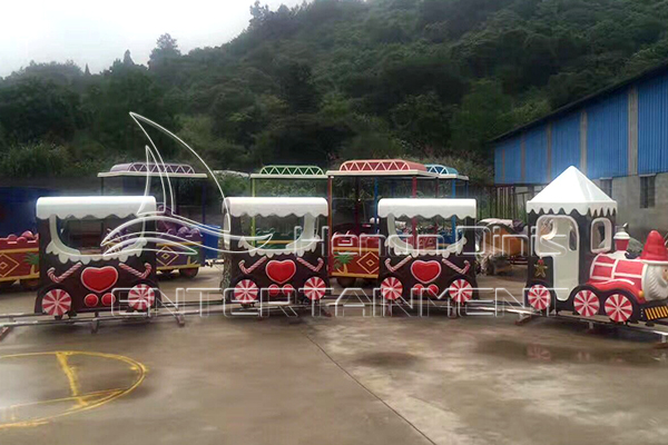 Purchasing Christmas Track Train Rides for Sale is A Reasonable Selection for Investment.