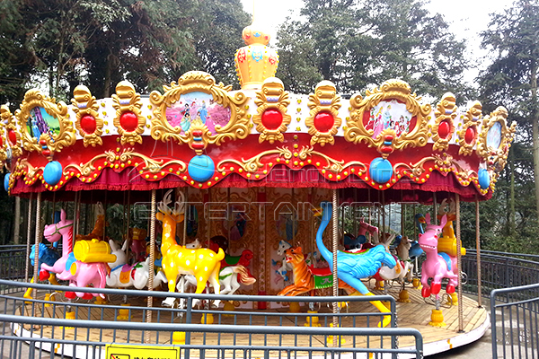 Classic Family Amusement Park 36-seat Carousel Rides for Sale in Dinis for Both Adults and Kids