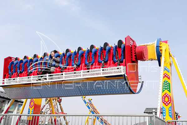 Dinis Produces High-quality Top Spin Carnival Attraction with High Safety for Sale