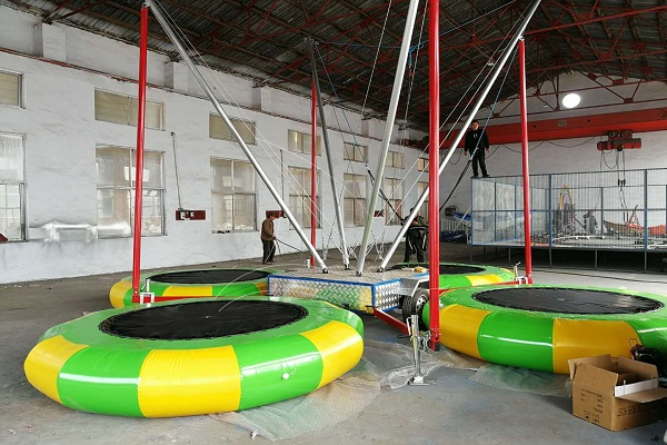 Popular Kids Friendly Amusement Parks Trampoline Bungee in Parks