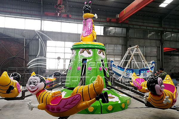 Kids Backyard Playground Self-control Bee Rides in Dinis Factory