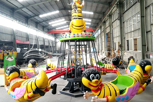 Small Indoor Amusement Ride Self-control Bee for Sale Displayed in Factory